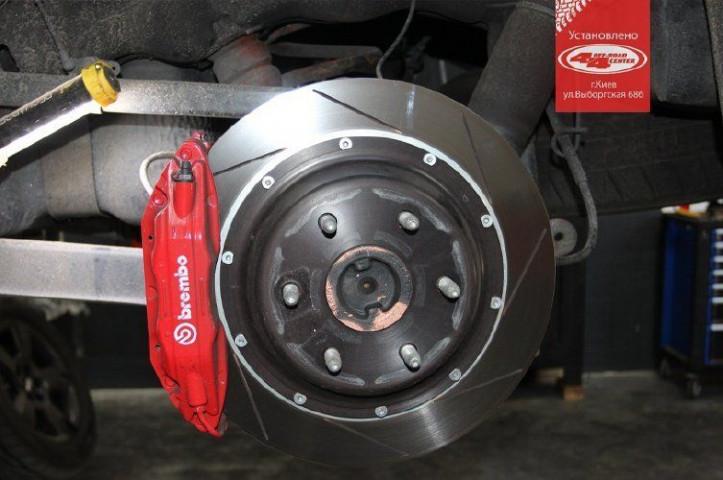 Купити Гальмівна система задня BREMBO Gran Turismo для Cadillac Escalade 15+ 2H2.9003A2