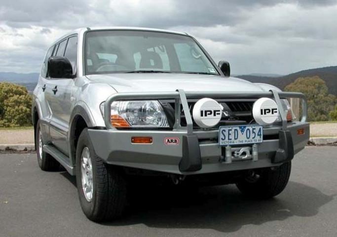 Купити Передній бампер ARB Deluxe для Mitsubishi Pajero NP 2003-2006 3434060