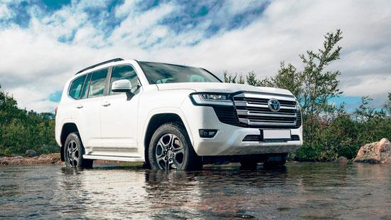 Land Cruiser 300 − головна новинка року від Toyota