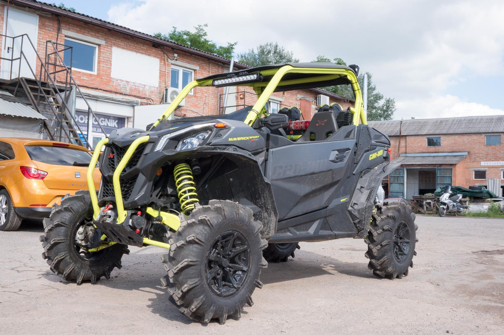 Тюнинг баги Can-am Maverick Sport
